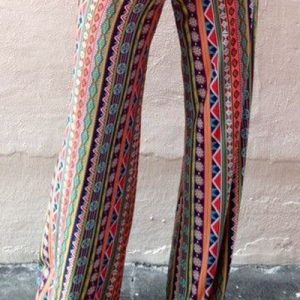 CL435 Pantaloni largi de vara cu print colorat abstract model pallazo - Pantaloni Lungi - Haine > Haine Femei > Pantaloni Dama > Pantaloni Lungi