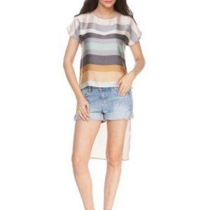 Bluza bej din satin cu imprimeu in dungi D2339 - Bluze si topuri -