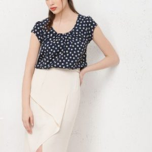 Bluza bleumarin cu imprimeu floral B011 - Bluze si topuri -