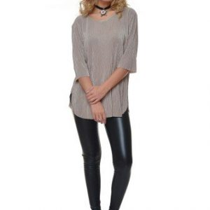 Bluza casual plisata cu maneca trei sferturi VE140 bej - Bluze si topuri -