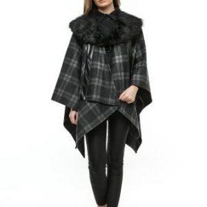 Poncho negru din lana cu guler de blana PO01 - Poncho -