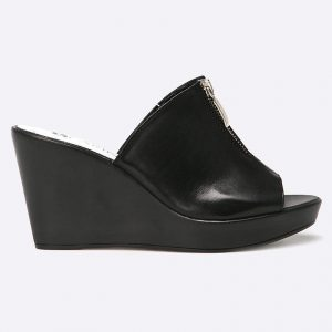 Carinii - Papuci - Încălţăminte - Papuci şi sandale